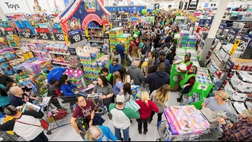 Here are which stores are open, closed on Thanksgiving