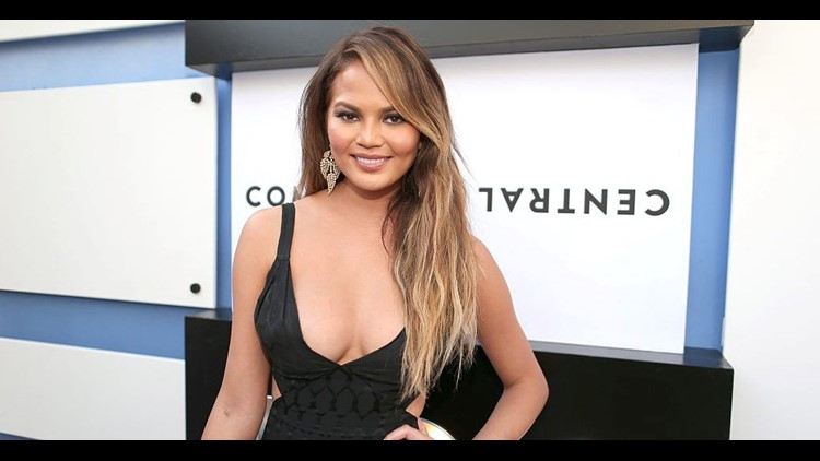 Chrissy Teigen's Twitter clout may have just gotten her a new airline gig