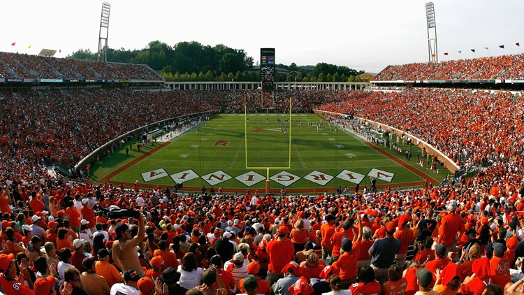 <p>ESPN has moved an Asian broadcaster off a Virginia Cavaliers game in Charlottesville because of his name, Robert Lee.</p>