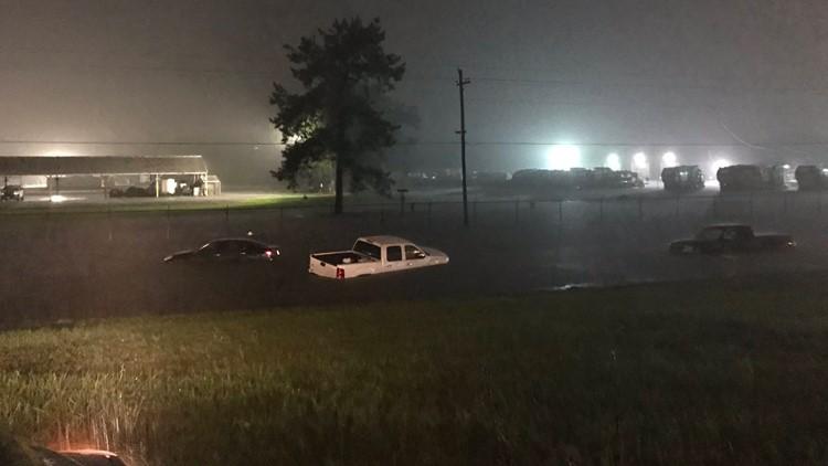 Imelda rains flood Beaumont, Texas