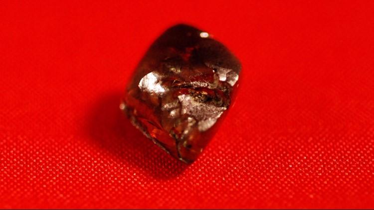 Ark. teen finds 7.44-carat diamond at Crater of Diamonds