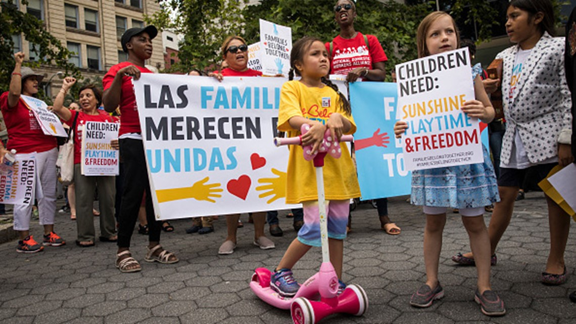 Judge orders minors transferred out of immigration detention facility