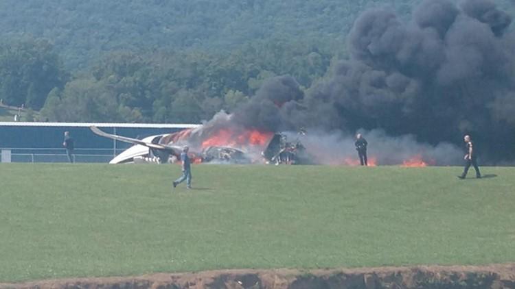 Dale Earnhardt Jr. injured in plane crash in Tennessee