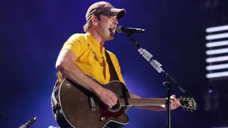 Rodney Atkins to headline Orange Park Mall's Freedom Fest