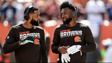 Odell Beckham Jr. and Jarvis Landry told to change cleats or be pulled vs. Broncos