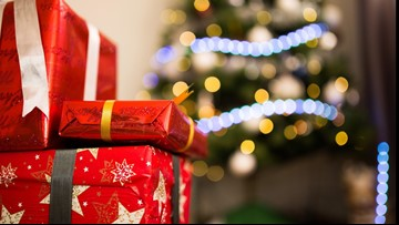 Stay Up and Save: Where to buy cheap wrapping paper, holiday accessories