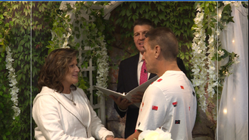 Marriage with a side sandwich | Jacksonville Chaplin completes 300th wedding ceremony inside cafe