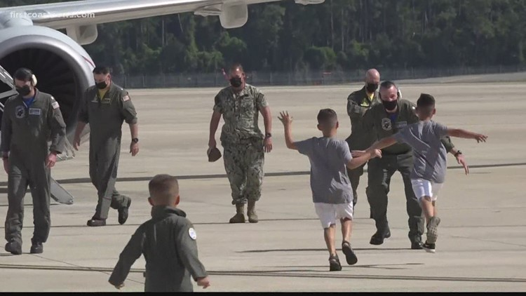'Fighting Tigers' return to NAS Jacksonville after 6-month deployment