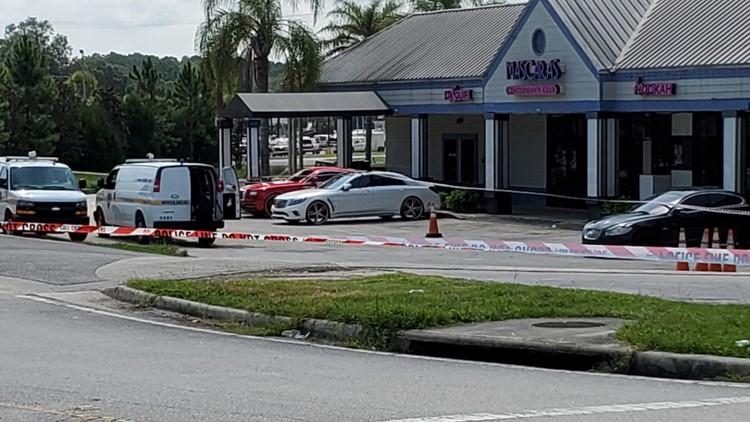 Triple shooting near Jacksonville nightclub leaves 1 dead, 2 injured