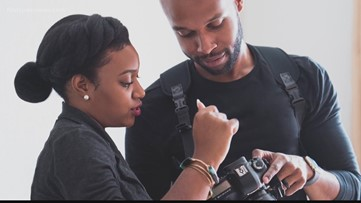 Photographer couple doing FREE 'virtual photoshoots' to spread positivity