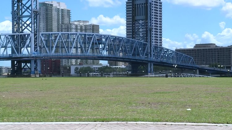 Ice rink could come to Downtown Jacksonville's Riverfront Plaza this holiday season