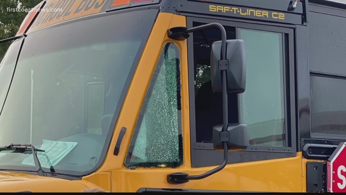 Juvenile arrested after shooting 2 school buses with BB gun