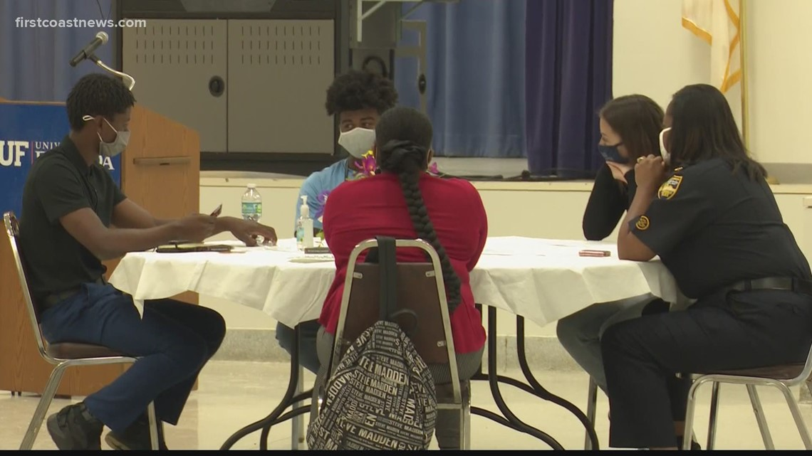 Lee High School hosts a seat at the table event