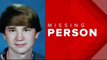 Deputies search for 15-year-old boy in Clay County