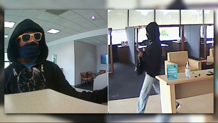Neptune Beach police searching for armed bank robbery suspect