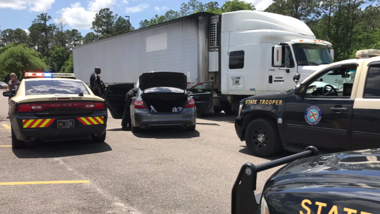 Suspect in custody after high-speed chase ends at Macclenny