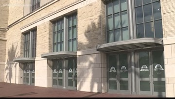 FCN On Your Side reporter asked to leave public library after trying to attend meeting over public utility