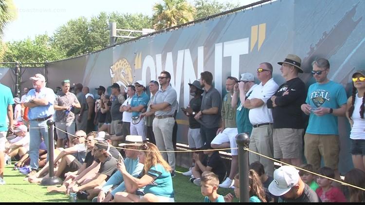 Fans return to Jaguars Training Camp