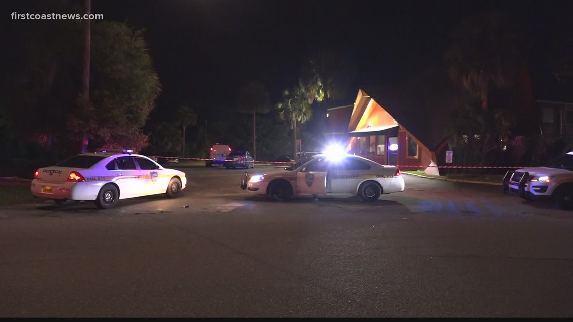 Man rushed to hospital after shooting near Brentwood