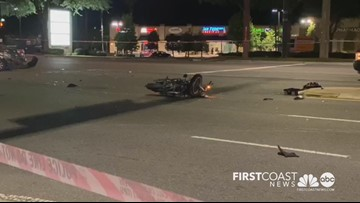 Motorcyclist hospitalized after serious crash in Mandarin