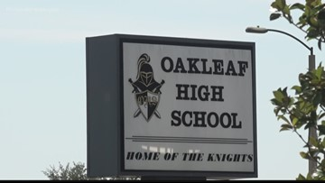 Deadly crash, football game scare leaves students at Oakleaf HS uneasy