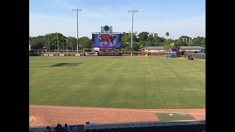 Back to the Minors is our weekly look at Jacksonville's awesome minor league sports scene.  This weekend is shaping up to be pretty awesome, with four games (and two fireworks shows) at the Sports Complex.