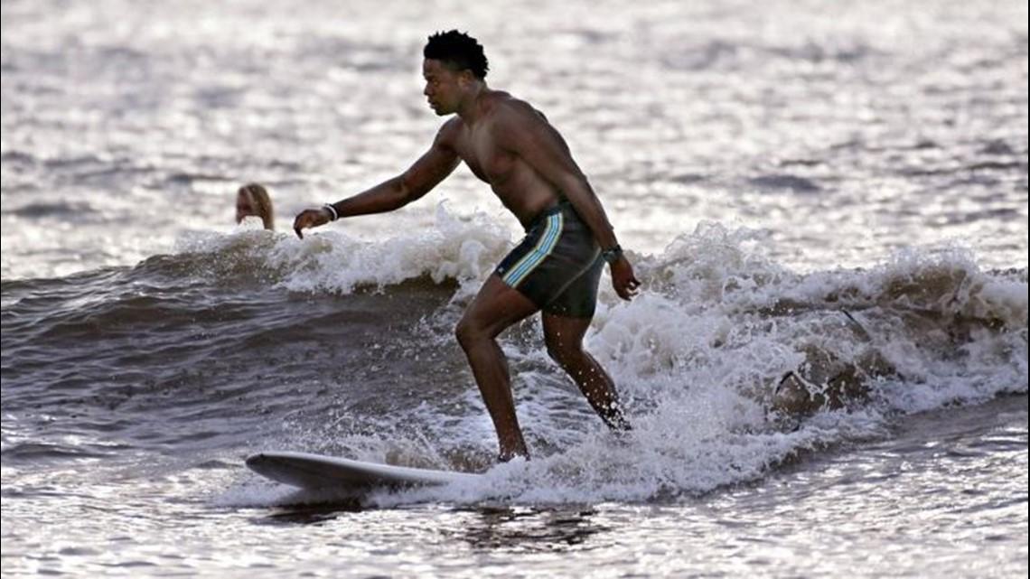 New Jacksonville Jaguar Chris Conley has infectious love of surfing