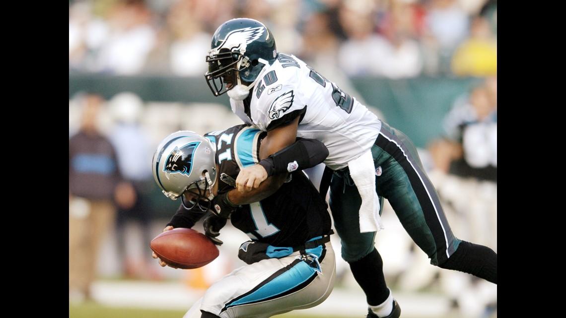 3ce065e5e4c PHILADELPHIA - OCTOBER 17: Brian Dawkins #20 of the Philadelphia Eagles  sacks quarterback Jake Delhomme #17 of the Carolina Panthers during the  third ...