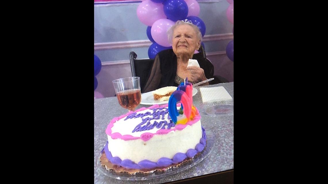 Fantastic Jacksonville Woman Celebrates 110Th Birthday Firstcoastnews Com Personalised Birthday Cards Paralily Jamesorg