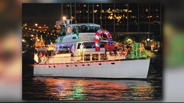 Jacksonville Light Boat Parade shines in Downtown Jacksonville Saturday