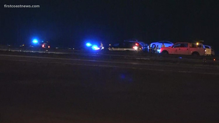 Deadly crash blocks all southbound lanes of I-95 near CR-210 in St. Johns County