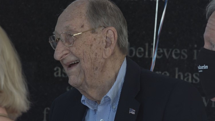 Discussing freedom, independence with 100-year-old WWII veteran