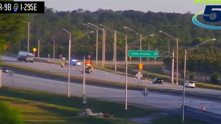 JSO: Motorcyclist dead after two-vehicle crash on E-Town Parkway