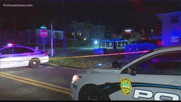 Police search for suspect after fatal shooting in Jacksonville Beach