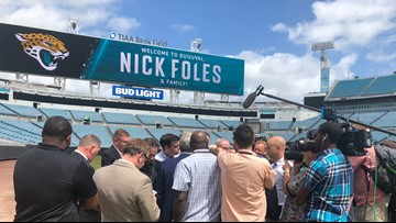 Who's the real Nick Foles? Most say a man of faith