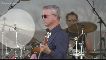 Actor Gary Sinise throws free concert at NAS Jax