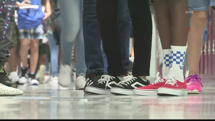 Duval Co. school board, union comes to agreement on COVID-19 leave