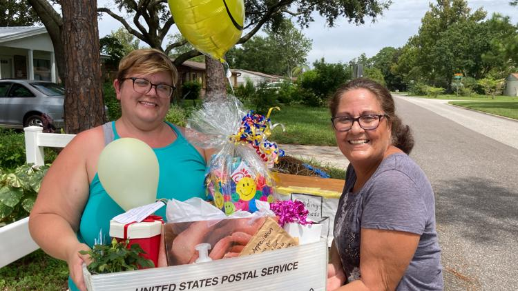 Mail carrier made 'Queen for Day' by Ponte Vedra Beach neighborhood