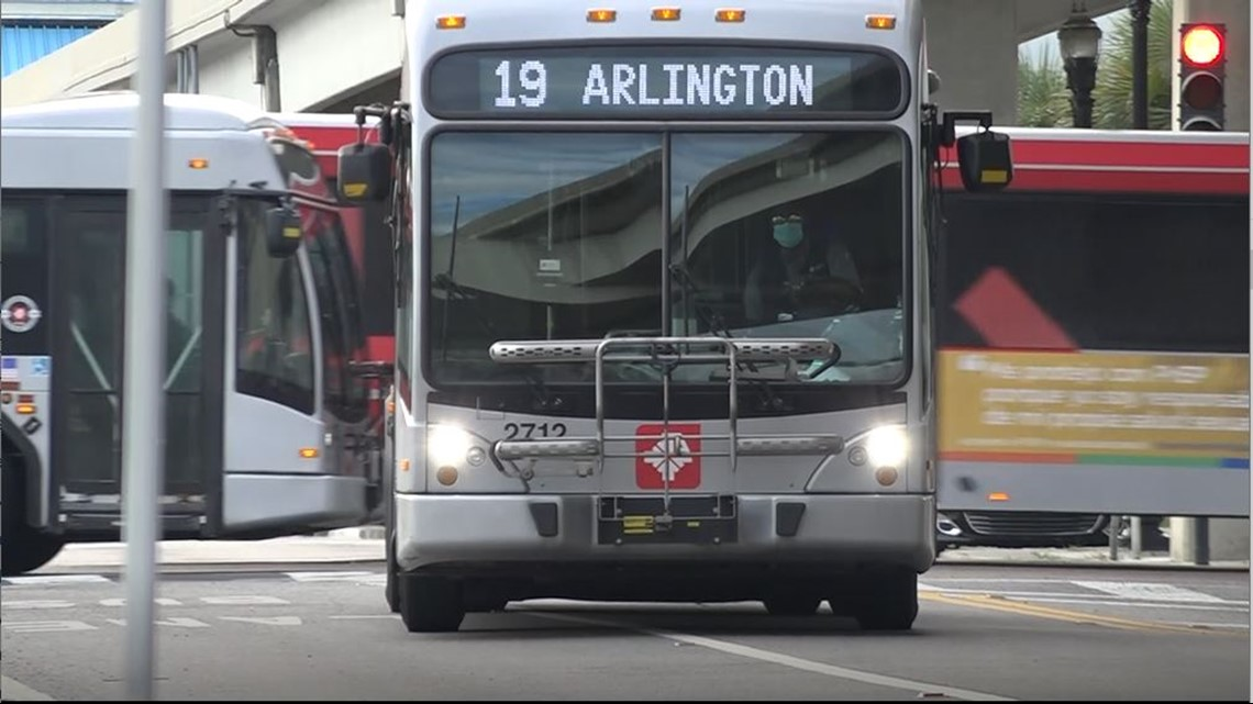 Jacksonville man claims late buses put his job at risk