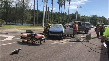 Crash with injuries blocks two northbound lanes of State Road 207 in St. Johns County