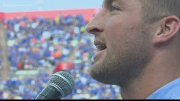 WATCH: Tim Tebow inducted into Florida Gators Ring of Honor