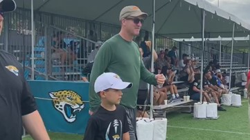 Peyton Manning makes appearance at Jaguars training camp