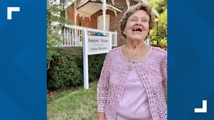 St. Augustine Lighthouse celebrates 90th birthday of former keeper's daughter