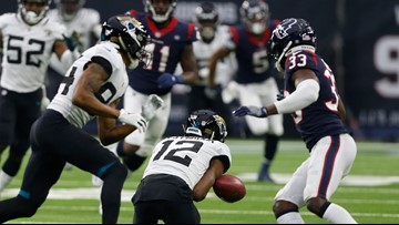 Jaguars fall to Texans in season finale