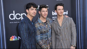 Jonas Brothers add Jacksonville to 'Happiness Begins' tour