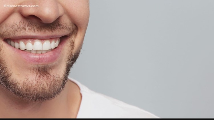 The Buzz: Doctors warning against TikTok tooth-whitening trend