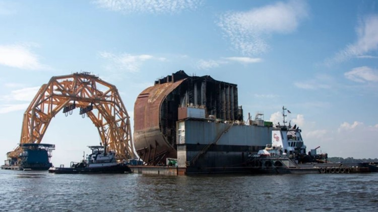 Section Three of Golden Ray wreckage moved to barge in St. Simons Sound