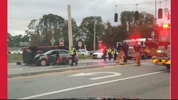 Traffic crash shuts down all southbound lanes of San Jose Boulevard at I-295