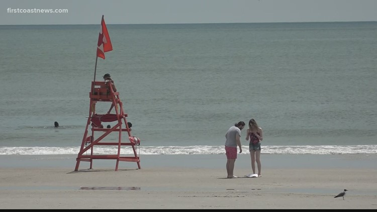 Lifeguards offer tips for a safe 4th of July on the beach