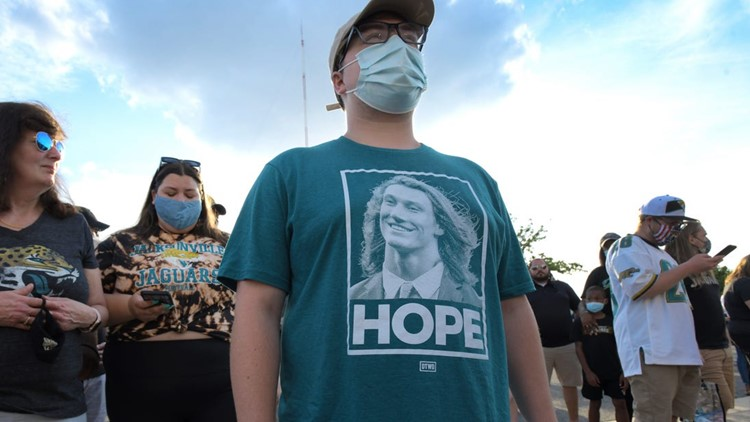 Top 7 Trevor Lawrence T-shirts: From Jesus to Obama, T-shirt makers, fans have high hopes for new Jaguars QB